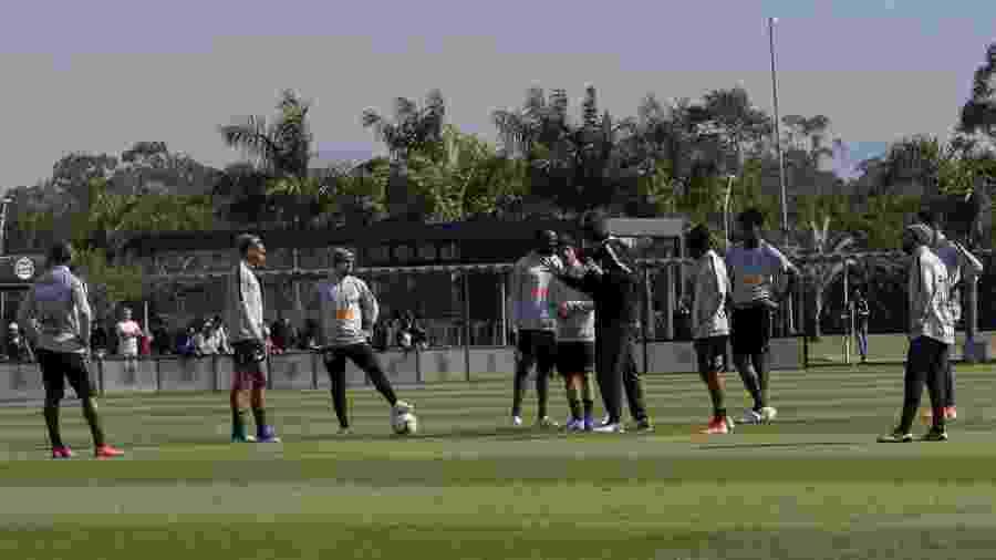 Corinthians ocupa o oitavo lugar do Brasileirão com 15 pontos e tenta diminuir distância para os líderes - Daniel Augusto Jr/Ag. Corinthians