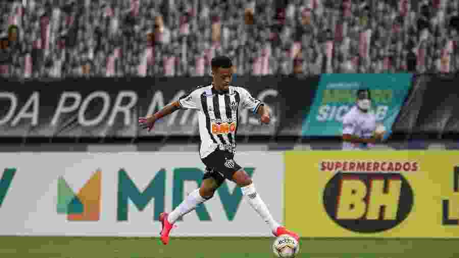 Keno, entrou no segundo tempo, sofreu o pênalti e deu a assistência no gol da vitória - Pedro Souza/Atlético-MG
