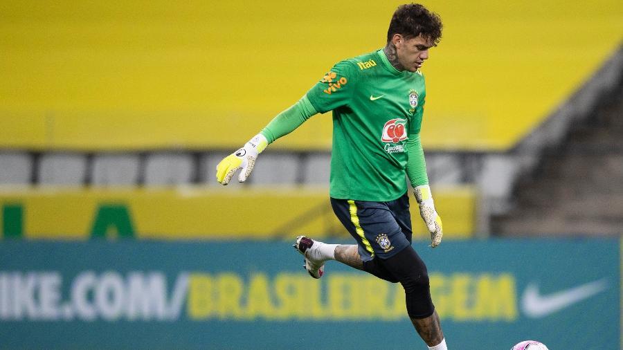 Ederson, do Manchester City, será o goleiro titular da seleção brasileira contra a Venezuela amanhã (13) - Lucas Figueiredo/CBF