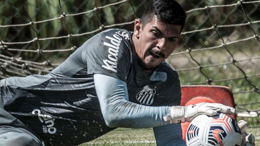 João Paulo deve seguir como titular no jogo de amanhã - Ivan Storti/Santos FC