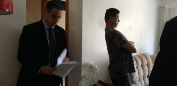 Grupo de Atuação Especial de Combate ao Crime Organizado (Gaeco) cumpriu mandados de busca e apreensão no gabinete de Jardel, bem como nas residências dele, da mãe e do irmão