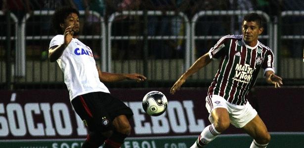 Otávio tem apenas 22 anos e foi revelado na base do Atlético-PR