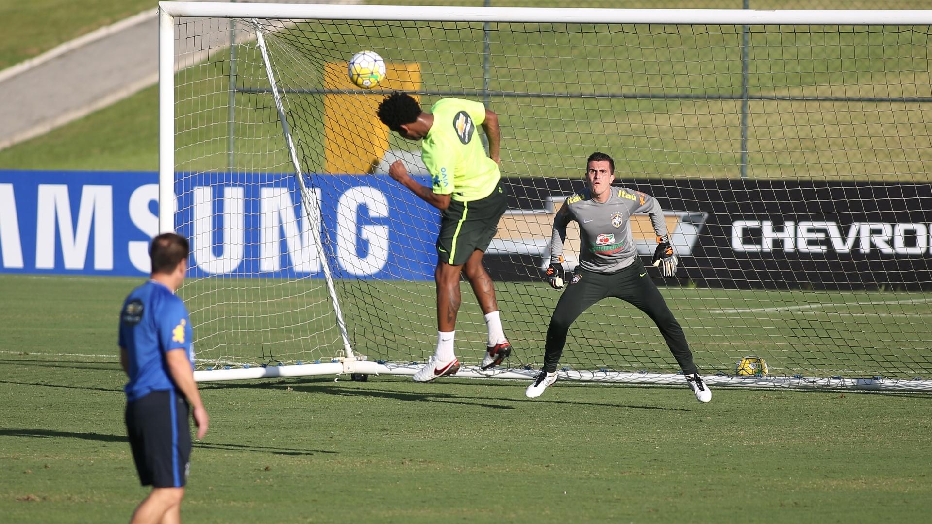 Seleção brasileira treinou finalizações no primeiro dia na Granja Comary