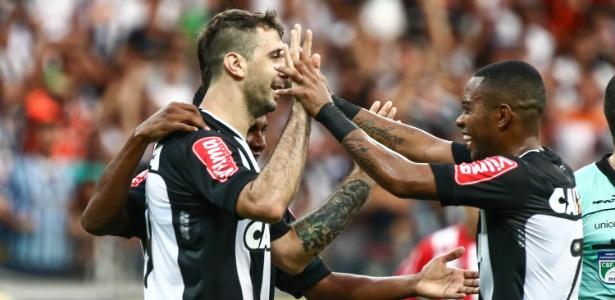 Lucas Pratto e Robinho são os principais goleadores do Atlético-MG em 2016 - Bruno Cantini/Atlético MG/Divulgação