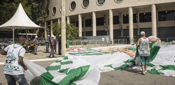 Torcida do Palmeiras não deve lotar o Estádio do Pacaembu - Eduardo Knapp/Folhapress