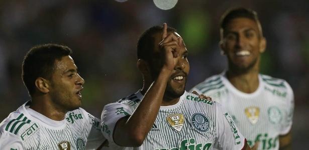 Vitória contra América-MG aumentou chances de título do Palmeiras
