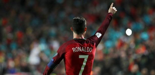O craque alcançou a marca de 70 gols em 137 jogos com a camisa da seleção de Portugal