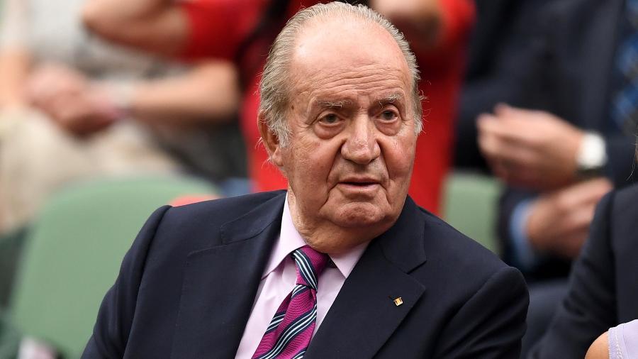 Juan Carlos I, rei emérito da Espanha, assiste à final feminina em Wimbledon - David Ramos/Getty Images