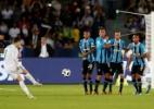 """Geromel exalta chance de ir à final do Mundial: """"Orgulho de ser brasileiro"""" - REUTERS/Matthew Childs"""