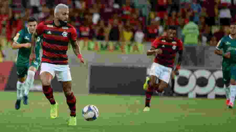 Gabigol carrega a bola pelo Flamengo contra o Boavista-RJ - Alexandre Vidal / Flamengo