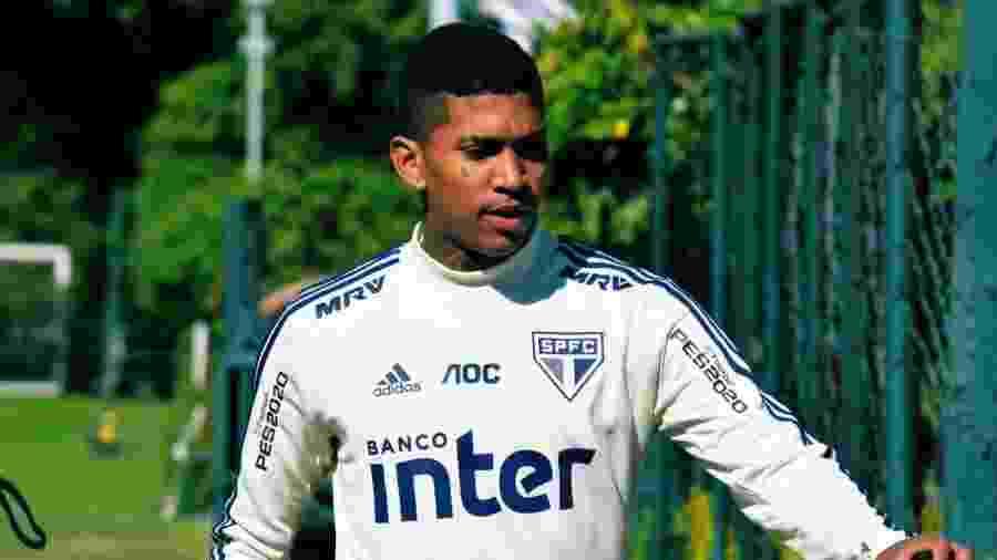 Raniel, agora no São Paulo, terá que repassar parte de seus vencimentos a um ex-empresário - Érico Leonan/saopaulofc.net