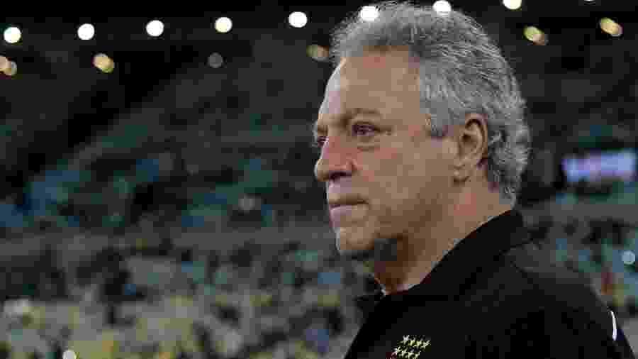 Abel Braga, técnico do Vasco, durante partida contra o Flamengo pelo Campeonato Carioca - Thiago Ribeiro/AGIF