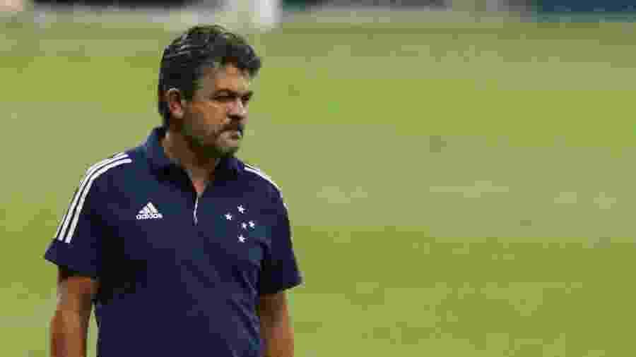 Ney Franco estreia como técnico do Cruzeiro em partida da Série B 2020 - Fernando Moreno/AGIF