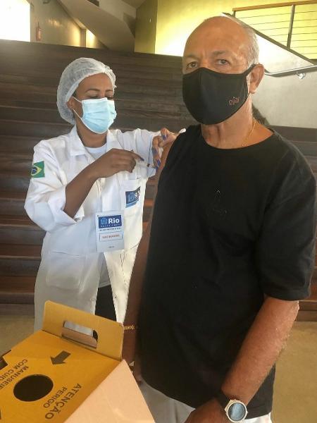 Júnior toma segunda dose da vacina contra a covid-19 - Reprodução/Instagram