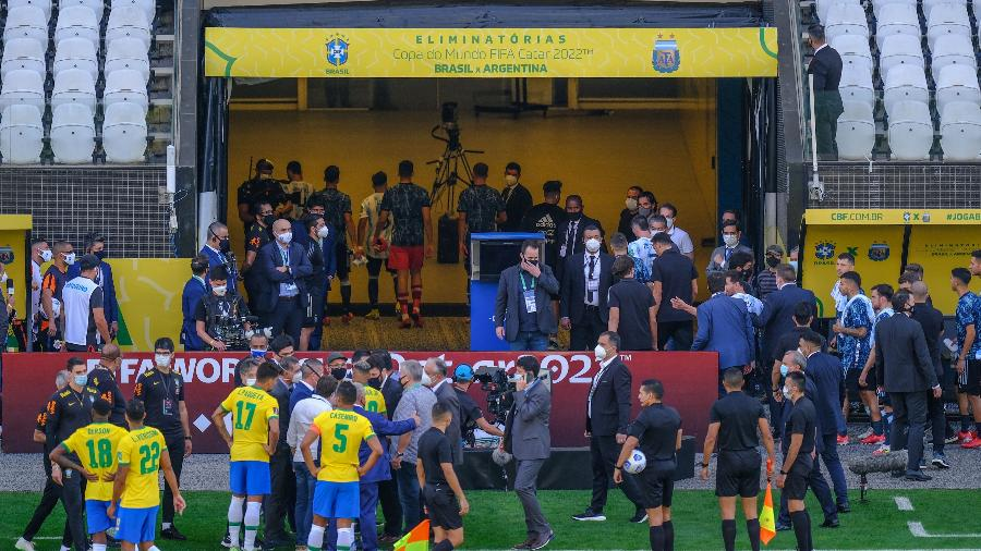 Anvisa interrompe partida entre Brasil e Argentina pelas Eliminatórias para a Copa do Mundo - Marcello Zambrana/AGIF