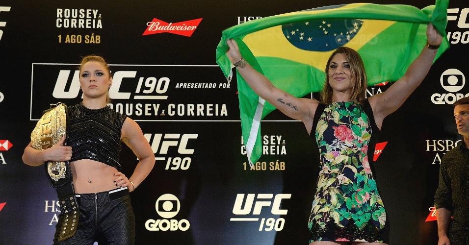 Bethe Correia exibe bandeira do Brasil depois de encarada com Ronda Rousey