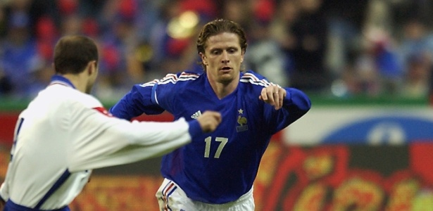 Emmanuel Petit, campeão do mundo com a França como jogador em 1998