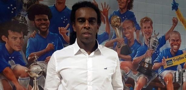 Tinga confia no elenco do Cruzeiro para 2017