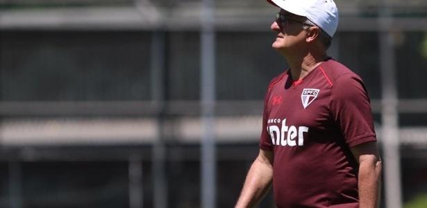 Dorival Júnior e sua comissão técnica tiveram trabalho para salvar o São Paulo