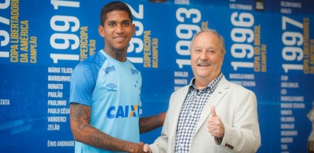 Atacante está de contrato renovado com o Cruzeiro até a temporada de 2022