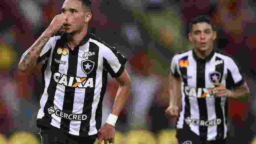 Luiz Fernando viveu grandes momentos no Botafogo e pode ser vendido em caso de boa proposta - Vitor Silva/SSPress/Botafogo