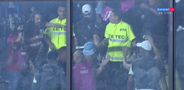 eda738dff Apresentador do Sportv se envolve em confusão com torcedores argentinos