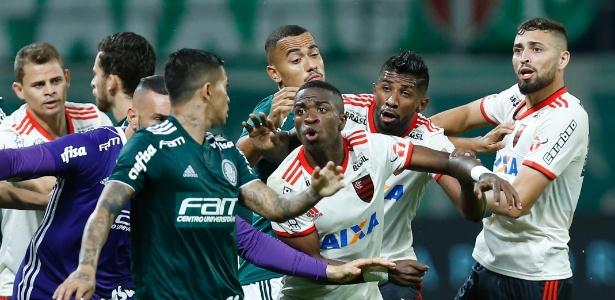 Palmeiras x Flamengo terminou em confusão no dia 13 de junho