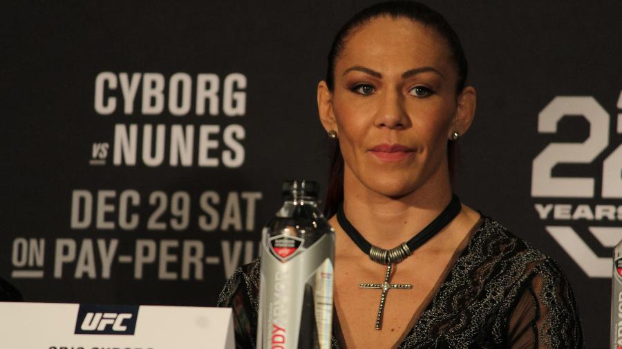 Cris Cyborg em entrevista coletiva antes do UFC 232 - Diego Ribas/Ag. Fight