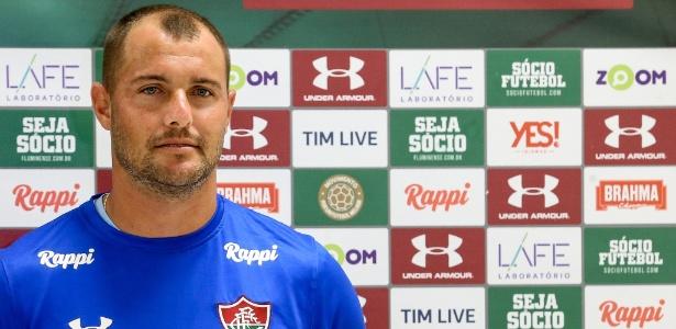 Goleiro Agenor vestiu a camisa do Fluminense pela primeira vez