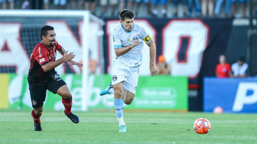 Walter Kannemann foi chamado para amistosos da argentina contra Venezuela e Marrocos - Lucas Uebel/Grêmio