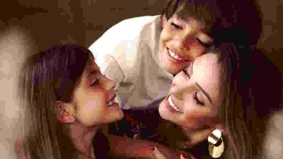 Carol Celico com os filhos Lucas e Isabella - Reprodução/Instagram