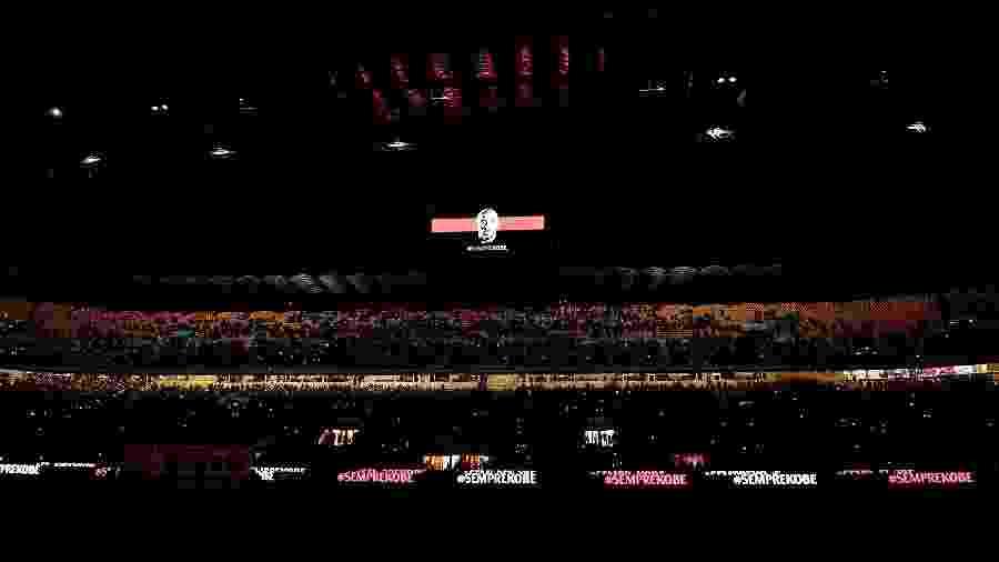 Kobe Bryant foi homenageado pelo Milan no San Siro - Mattia Ozbot/Soccrates/Getty Images