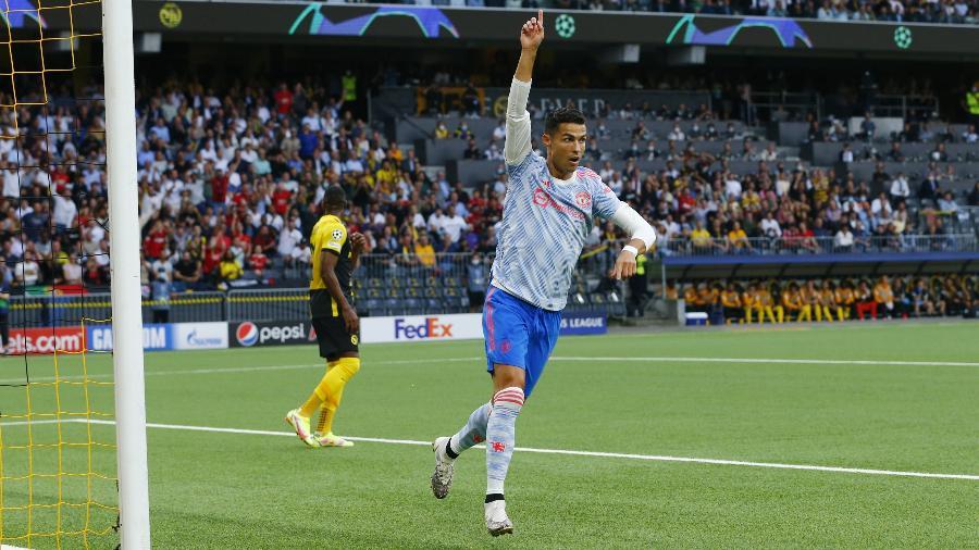 Cristiano Ronaldo marca em estreia diante do Young Boys - REUTERS/Denis Balibouse