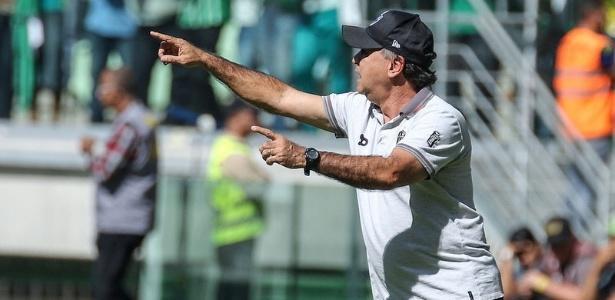 Marcelo Oliveira não quis revelar a equipe que vai enfrentar o São Paulo no Morumbi