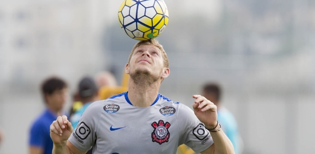 Marlone pode trocar o Corinthians pelo Atlético-MG