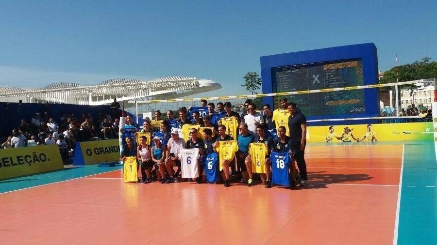 Lançamento da nova camisa da seleção brasileira de vôlei - Léo Burlá/UOL Esporte