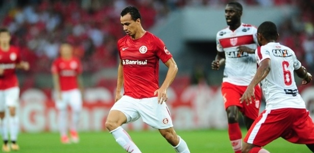 Leandro Damião pode não atuar contra o Vila Nova-GO por conta de dores musculares