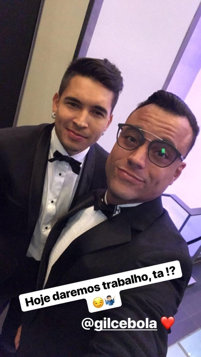 Gil Cebola e o produtor musical Biel Maciel na festa de 26 anos de Neymar