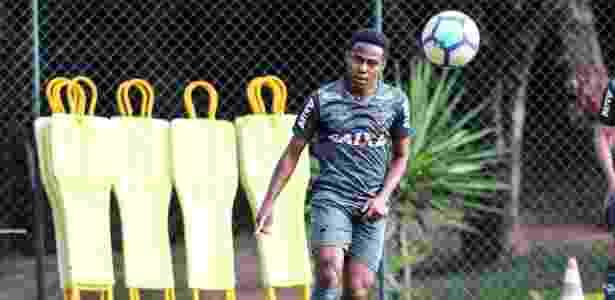Elias, volante do Atlético-MG, permanece suspenso e não tem condições de atuar contra o Corinthians - Bruno Cantini/Divulgação/Atlético-MG