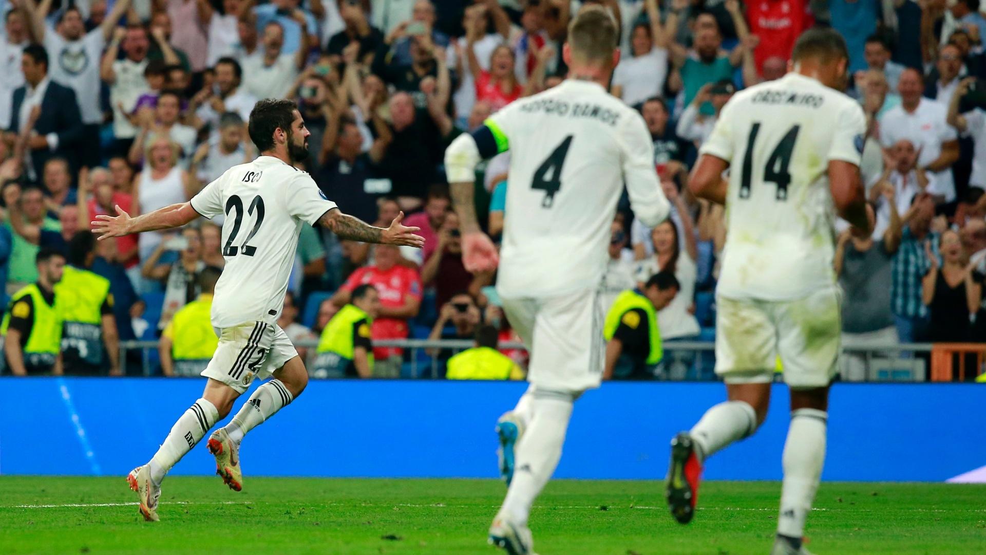 Isco comemora gol do Real Madrid sobre a Roma