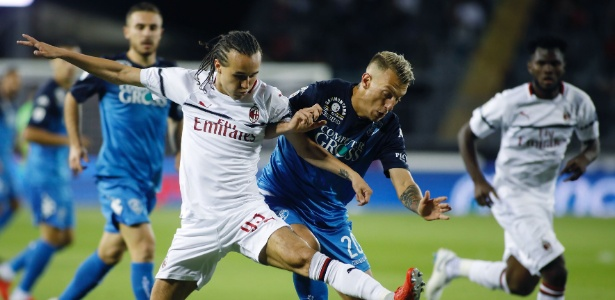 Milan começou bem, mas cedeu o empate ao Empoli no duelo desta quinta-feira - Marco Bucco/La Presse/Dia Esportivo