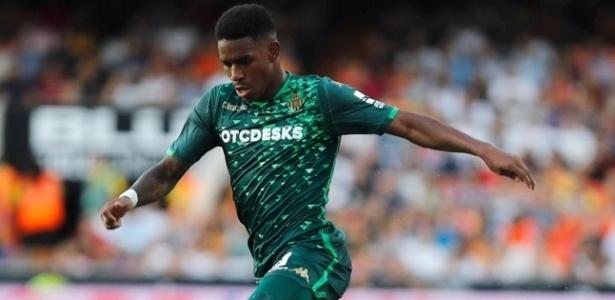 Júnior Carpo nasceu na República Dominicana, mas já defendeu a seleção sub-21 da Espanha - Divulgação/Betis