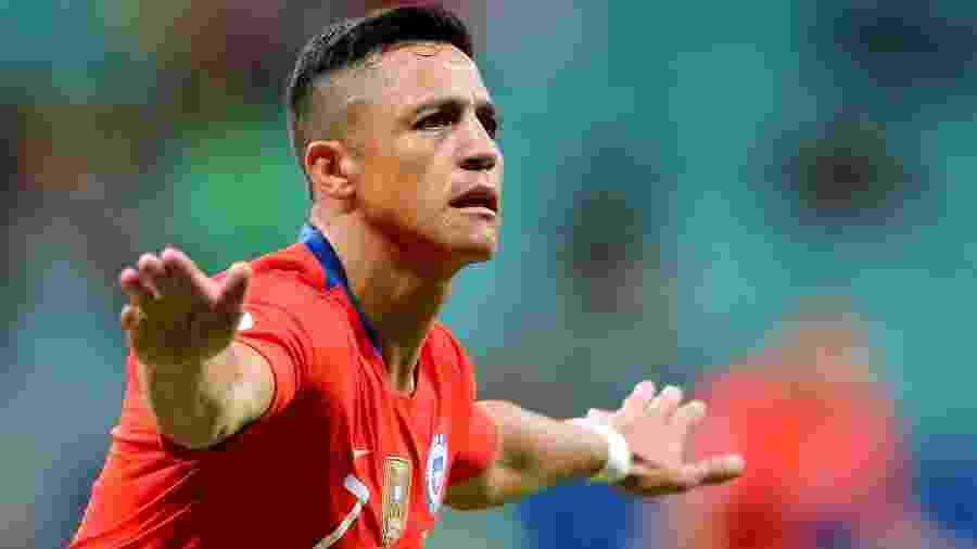 Alexis Sánchez comemora gol na partida entre Chile e Equador - Rodolfo Buhrer/Reuters