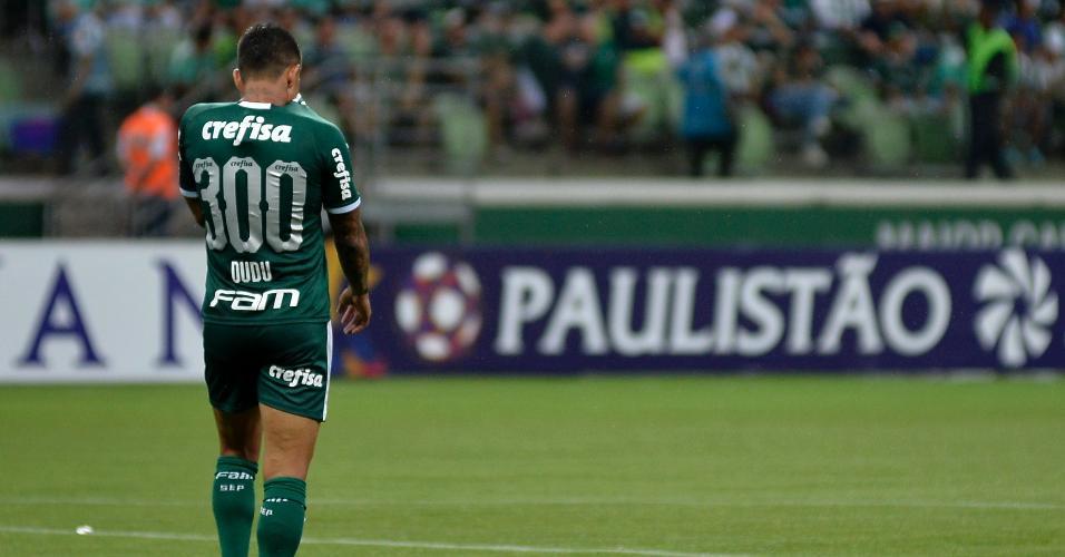 Dudo usa a camisa 300 na partida entre Palmeiras e Guarani