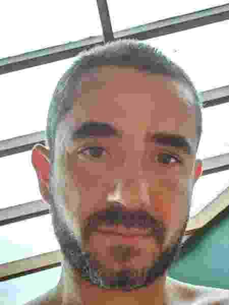 Felipe Andreoli, apresentador do Grupo Globo, raspou a cabeça - Reprodução/Instagram
