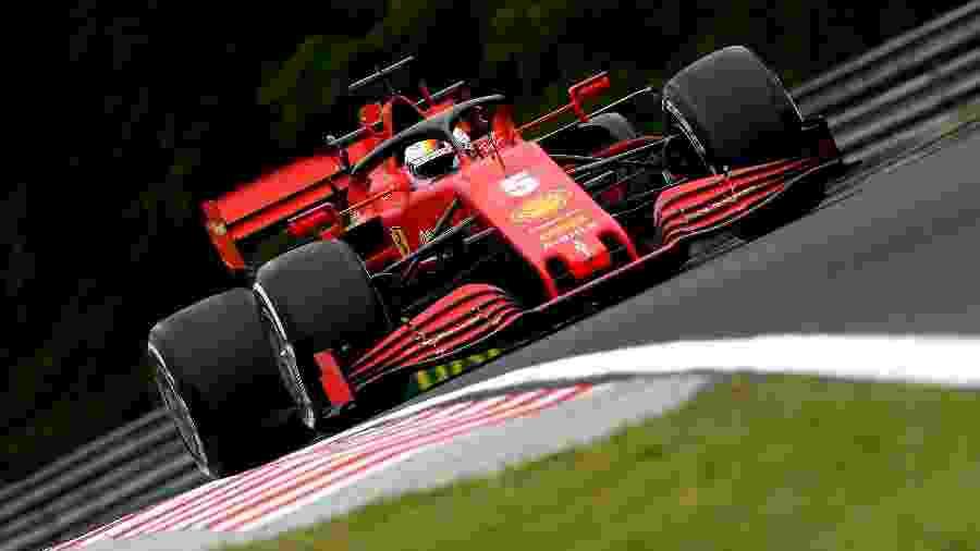 Sebastian Vettel, da Ferrari, nos treinos livres do GP da Hungria - Colombo Images/Ferrari
