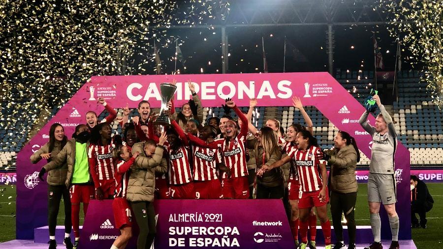 O time do Atlético de Madri comemorando o título da Supercopa Feminina - Divulgação/FEF