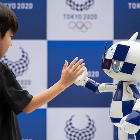 O robô mascote Miraitowa, de Tóquio-2020 - NurPhoto/NurPhoto via Getty Images