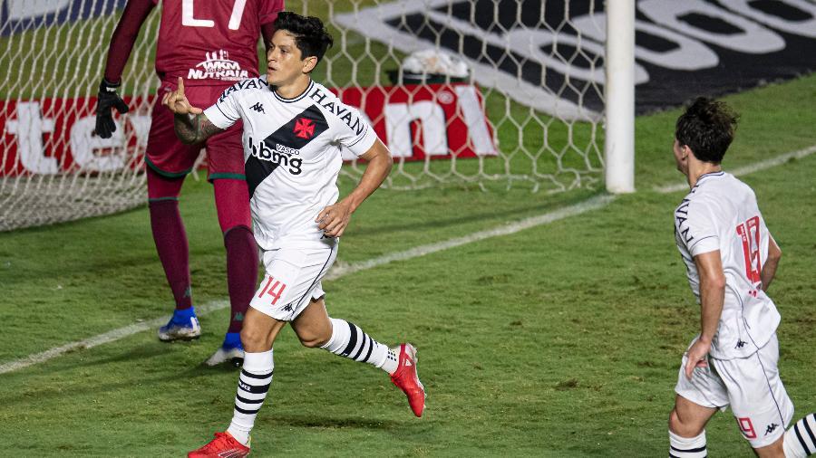 Germán Cano comemora gol do Vasco contra o Guarani pela Série B - Jorge Rodrigues/AGIF