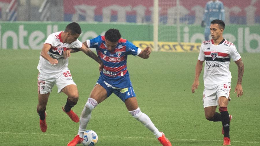 Fortaleza e São Paulo se enfrentam pela Copa do Brasil - Kely Pereira/AGIF